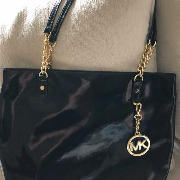 Michael Kors Handbags - Michael Khors black patent leather bag